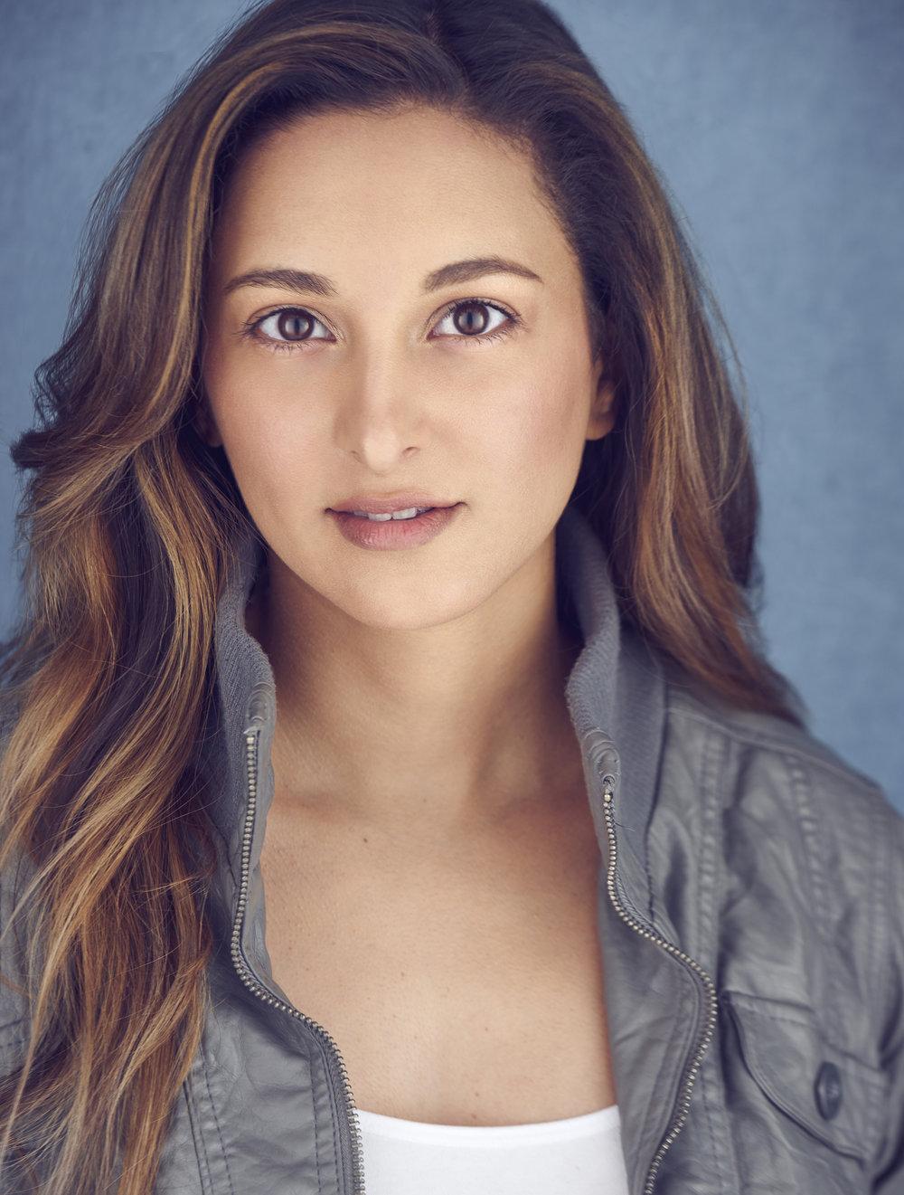 GRACE SUBERVI - Actríz, Presentadora, y Cantante especializada en el entretenimiento internacional.Su dominio del Ingles, Español, Coreano, y Francés la posiciona como un enlace entre los mercados Ibero-Latino, Asiatico, y Americano.Ella protagoniza la serie coreana