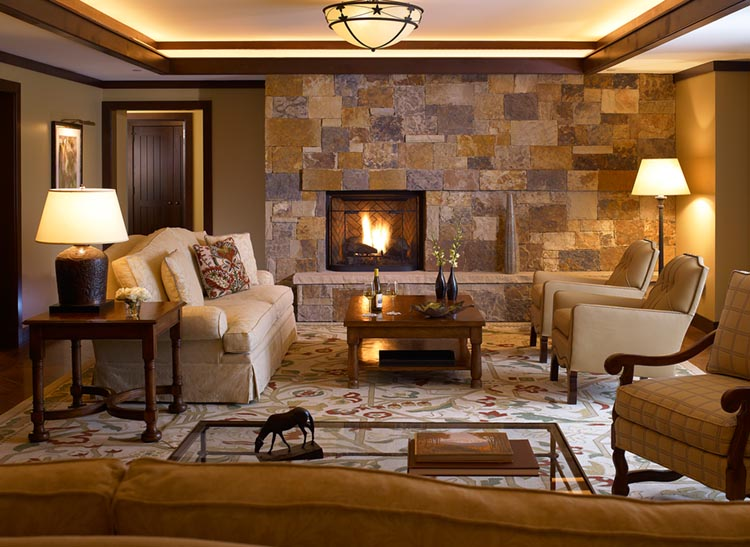 FOUR SEASONS VAIL HOTEL & RESIDENCES