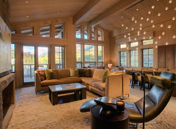 LODGE AT VAIL CHALETS