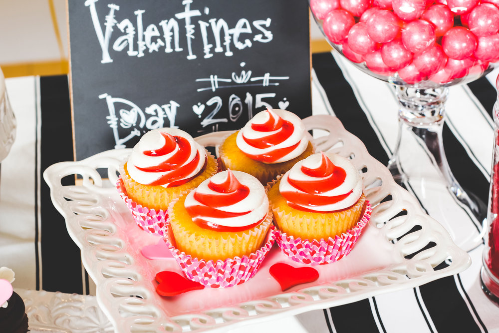 carriescakes-valentines-day-cupcakes.jpg