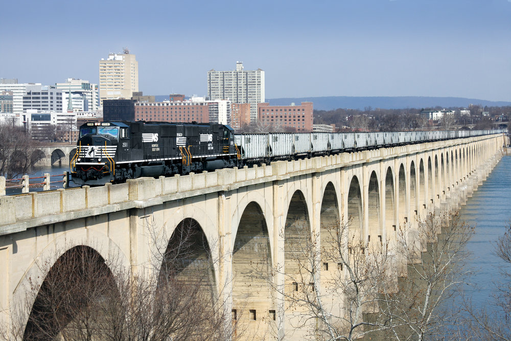 Train crossing Philadelphia & Reading Railroad Bridge from Harrisburg (courtesy Michael Baker Intl.)