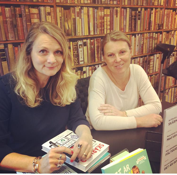 Sålde böcker med författarkollegor.