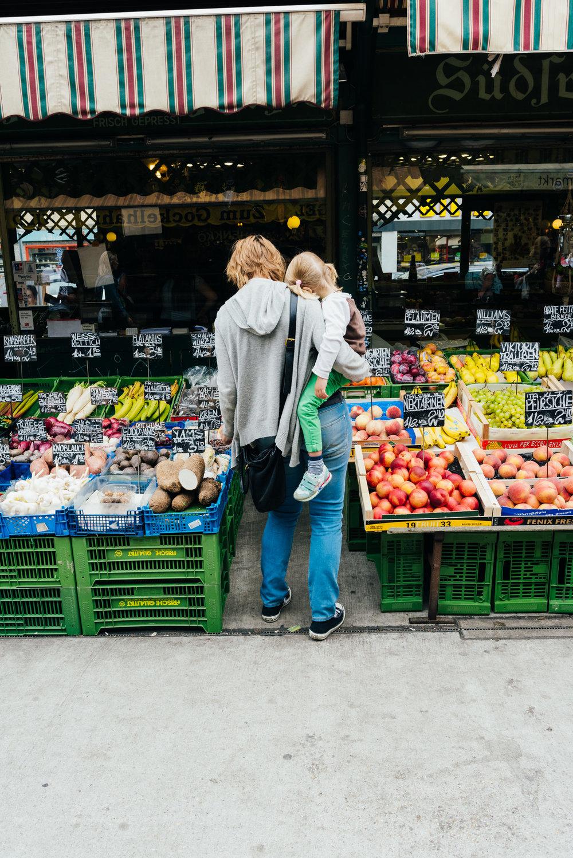 2017-09-13-Naschmarkt-26_LR edited_web.jpg