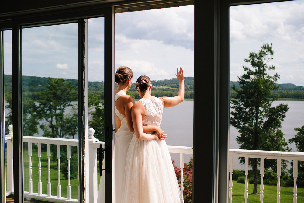 Carey MacArthur Wedding Photograpghy -Shakespeare on the Hudson NY 2.jpg