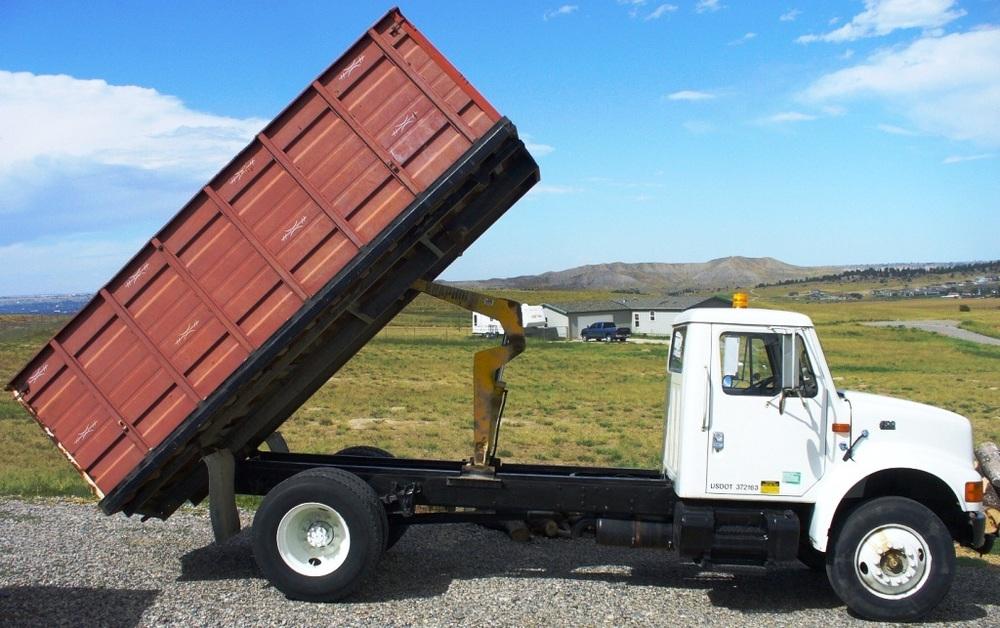 2010-08 - Mt Farm Truck Pic #2.jpg