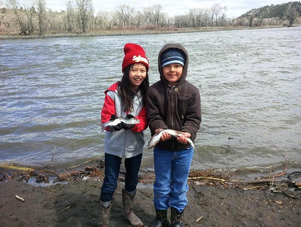 2014-04-28 - Rigden Kids catch trout in Yellowstone River #1.jpg