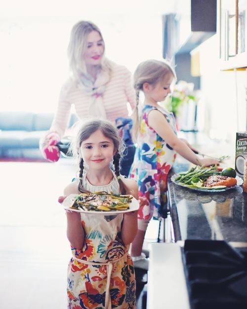 kids in the kitchen/дети на кухне