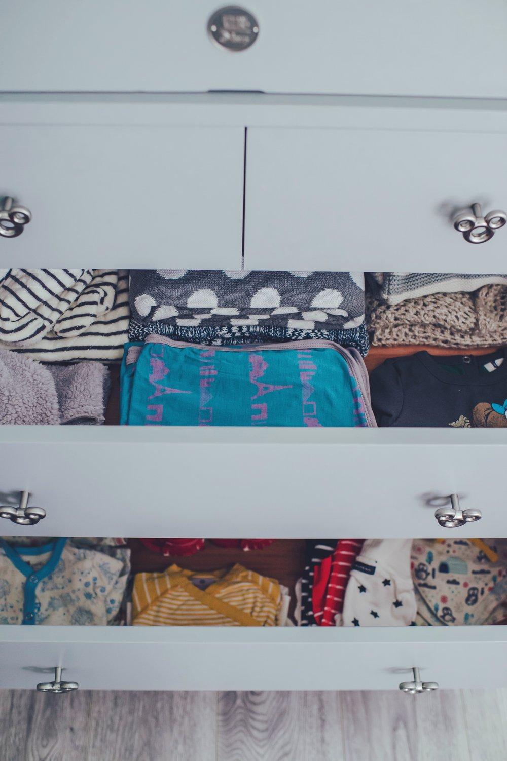 dresser5.JPG