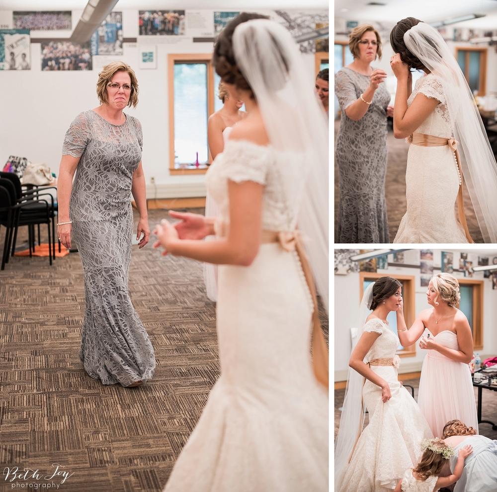 romantic-sherman-lake-ymca-wedding_0010.jpg