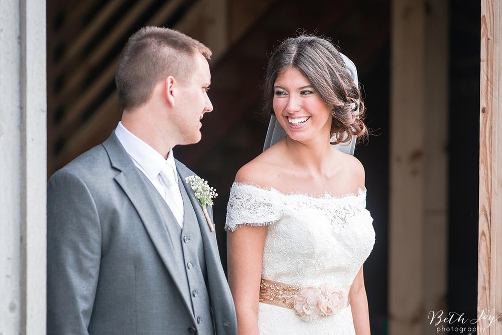 romantic-sherman-lake-ymca-wedding_0045.jpg