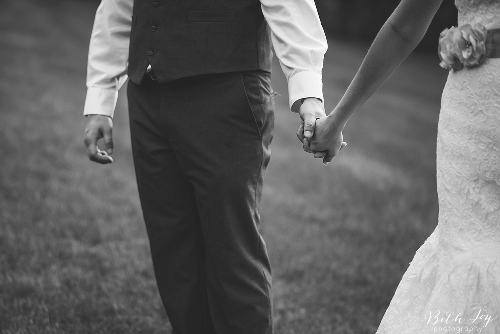 romantic-sherman-lake-ymca-wedding_0063.jpg
