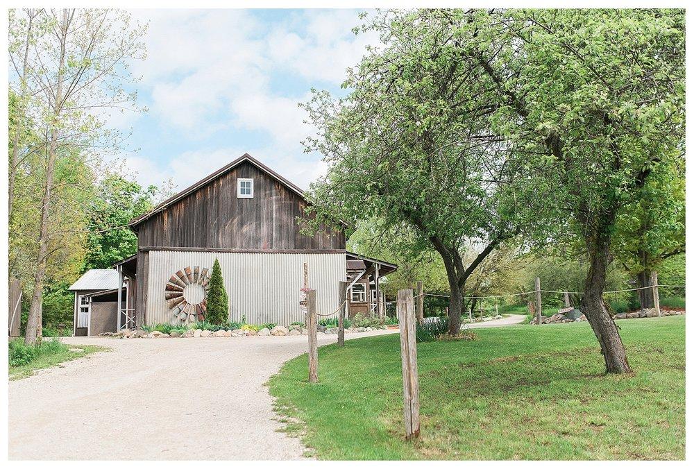 MillCreek Barn Grand Rapids Wedding Photography_0001.jpg