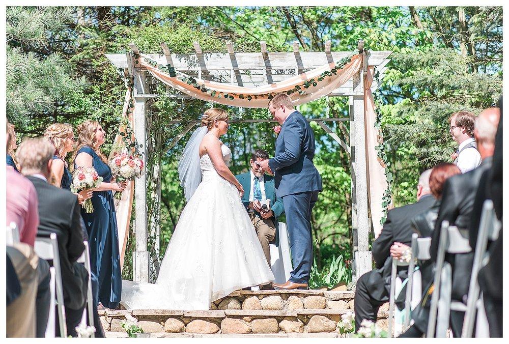 MillCreek Barn Grand Rapids Wedding Photography_0025.jpg