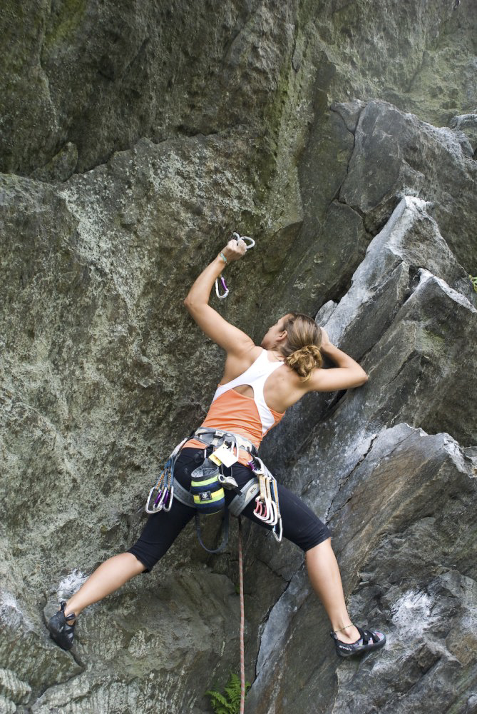 ascent-climbing-lead-course-ct-1.jpg
