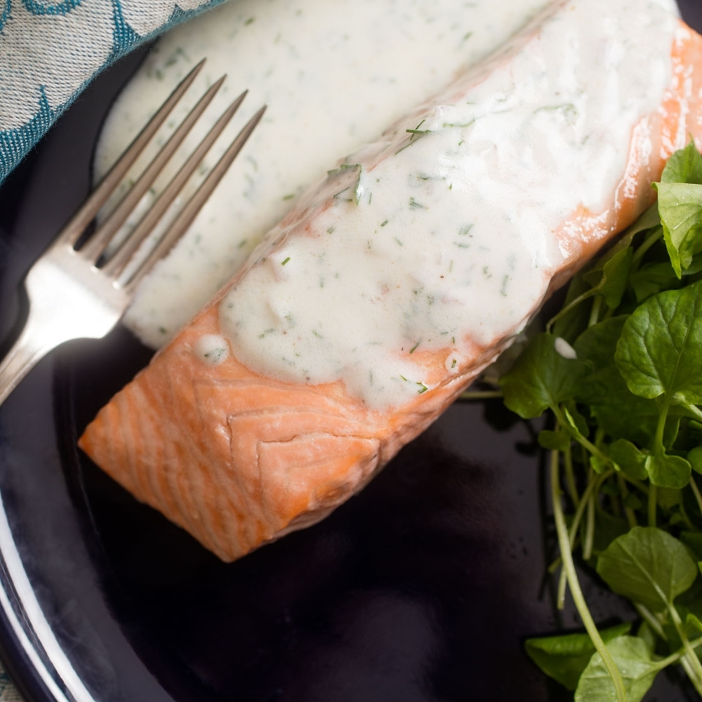 Poached Salmon with Dill Yogurt Sauce