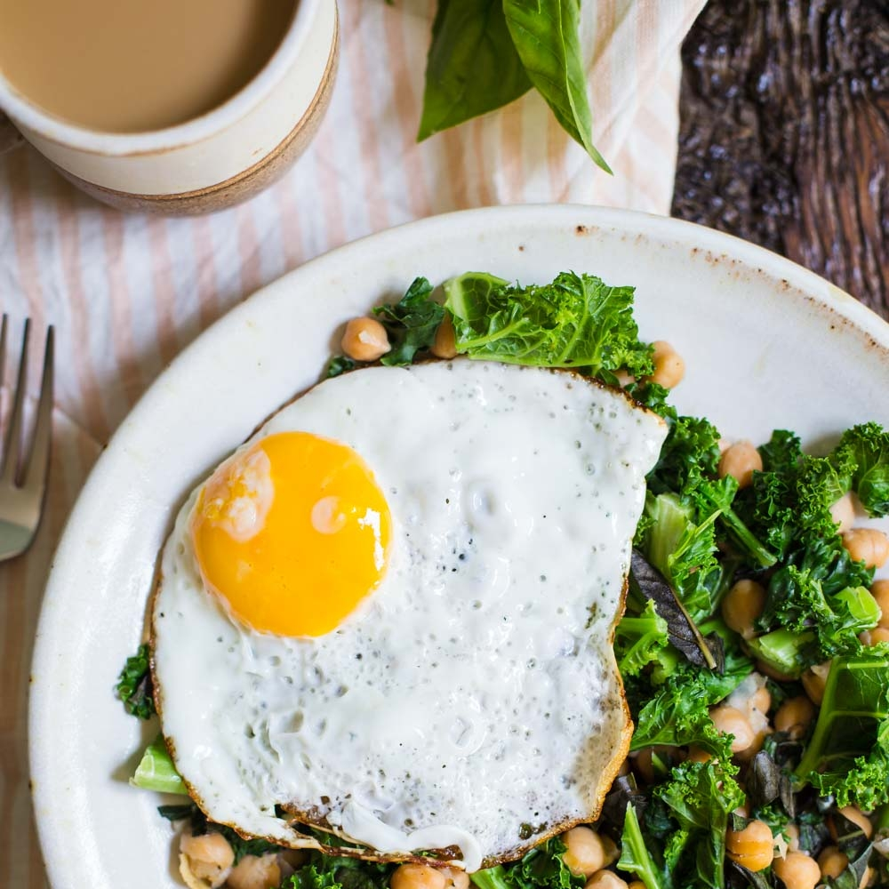 Chickpea and Kale Breakfast Skillet