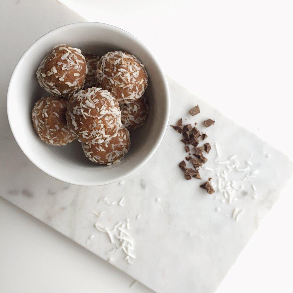 Coconut Almond Balls