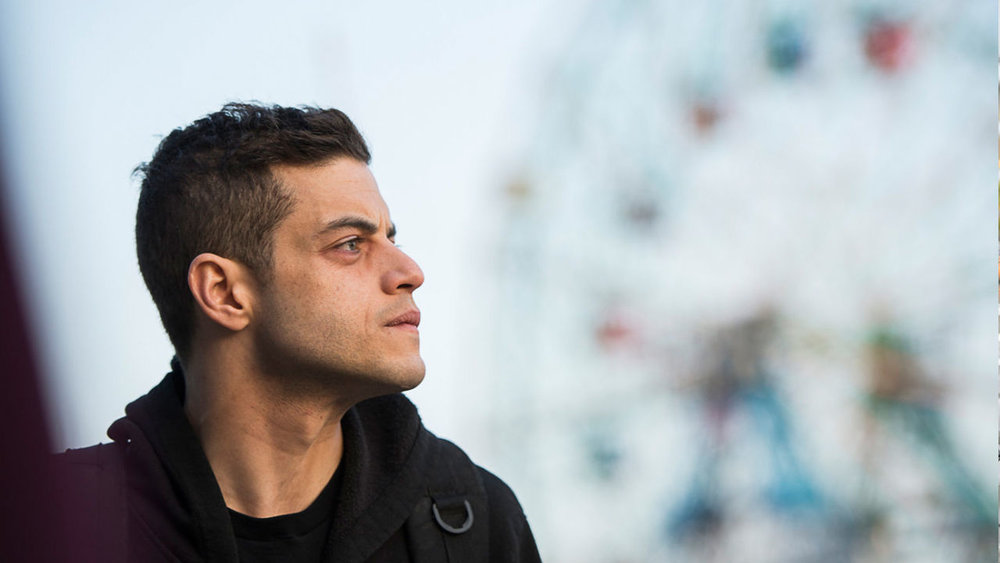 indie-music-and-television-blog-mr-robot-elliot-at-coney-island