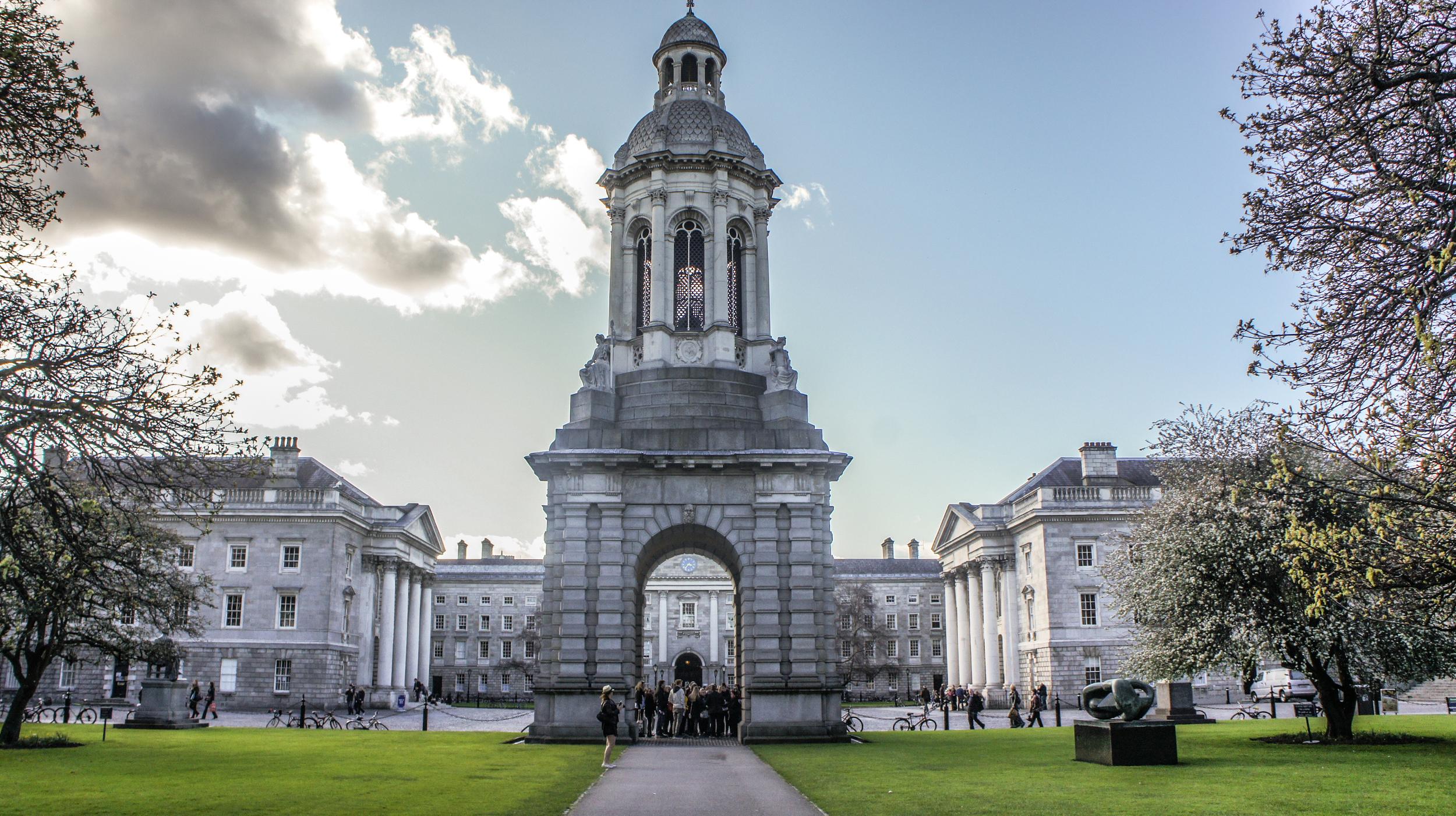 Ireland, travel, Ella Sheridan, Trinity College, trip