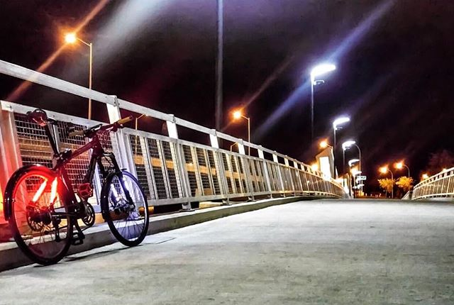 With up to 25 hour runtime you can ride all through the night!  www.ledbylite #ledbylite 📷: @ac_power