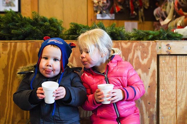 🌲 🌲 hot chocolate and rosy cheeks!