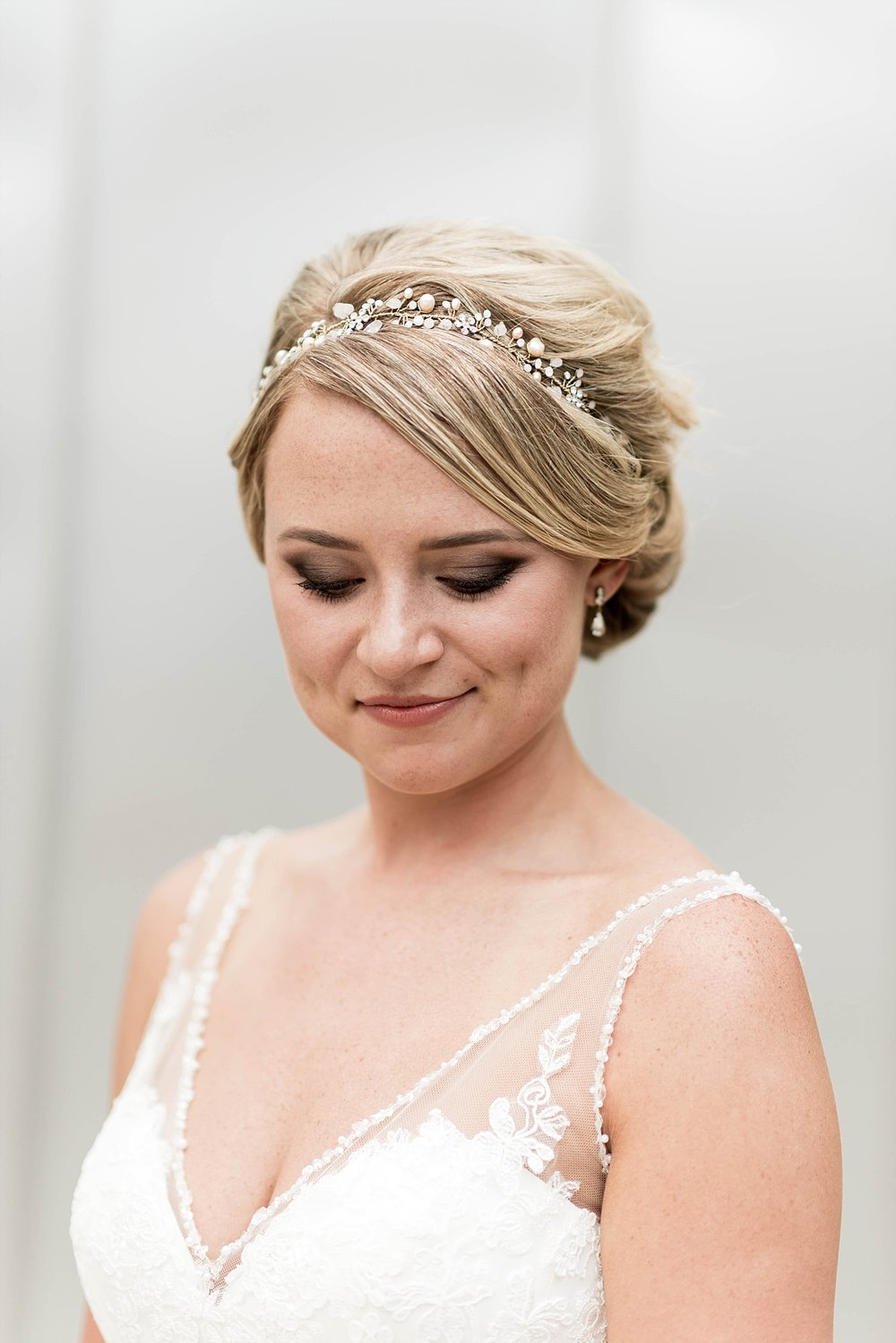 Bridal party wedding photography bride gown head piece