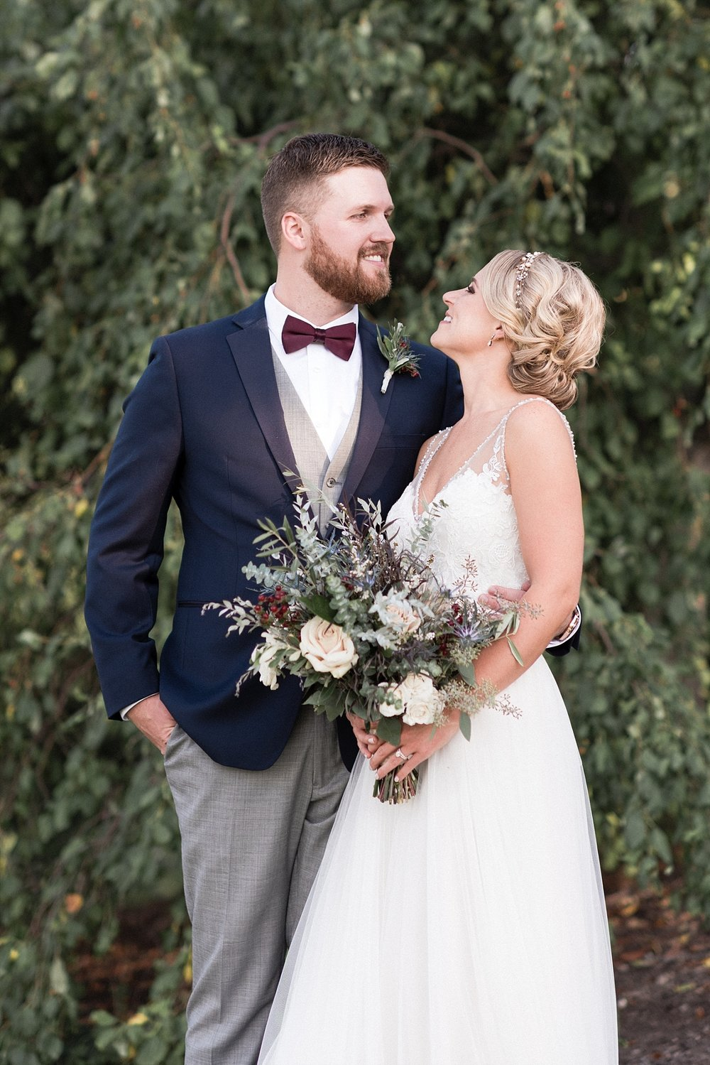 Bride groom wedding photography portrait bouquet