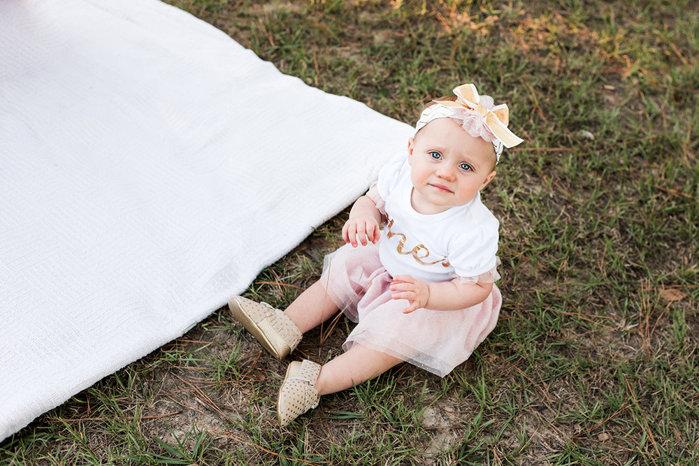 Bennett brown photography lifestyle photography twins first birthday balloons park