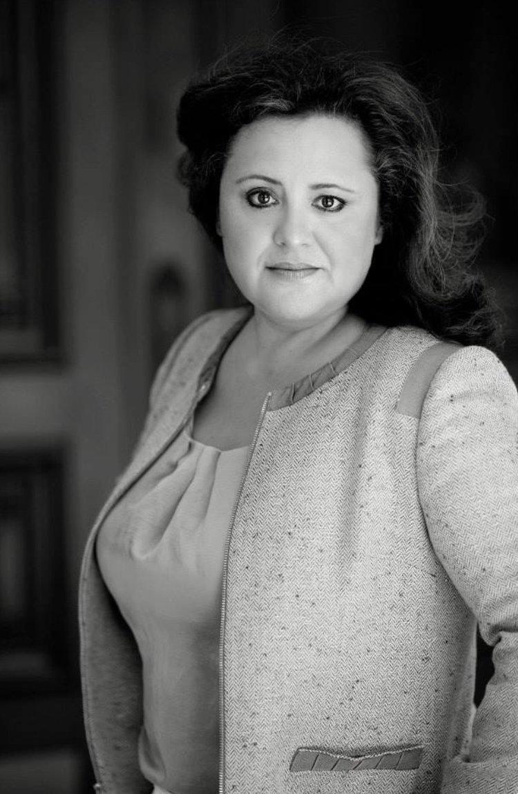 La nueva presidenta y CEO de CCSA, Myrna Castrejon