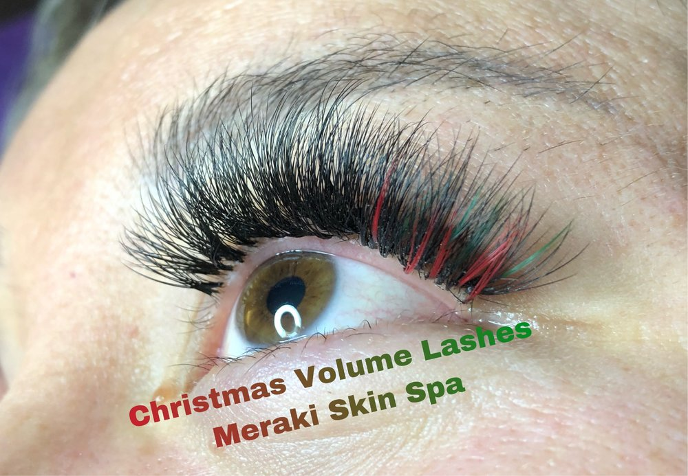 alt text Christmas volume lash extensions