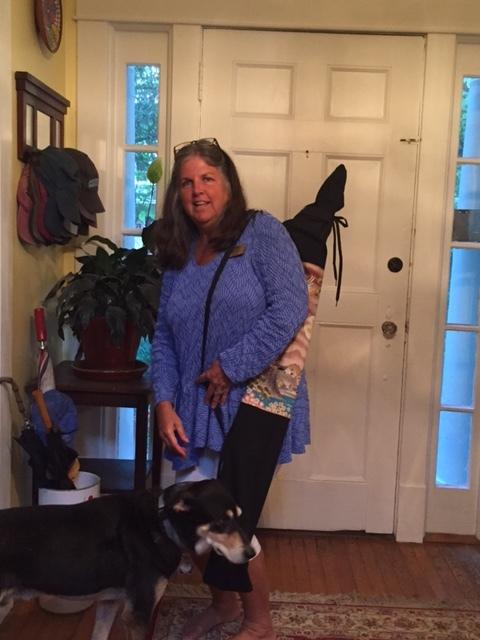 Susan Dalton with her bag.JPG