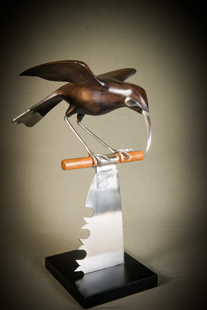 Martin_Carryer_Bird_Sculpture_Huia.jpg