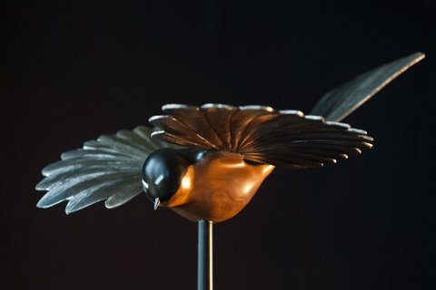 Fantail-Into-the-Light-NZ-Native-Bird-Sculptures-Martin-Carryer.jpg