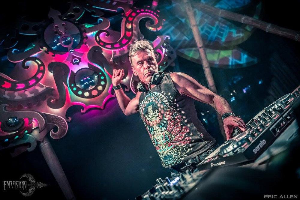 DJ Dragonfly