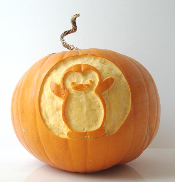 others_pumpkinpenguin.jpg