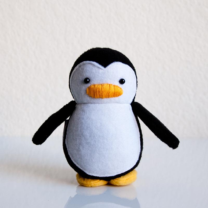 Mini Penguin Black