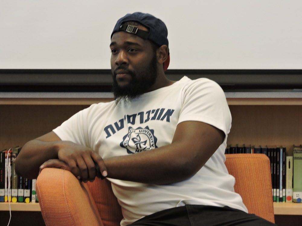 Guest speaker Levon Andrews, former Baraka youth speaking with the students about how studying abroad changed his life.