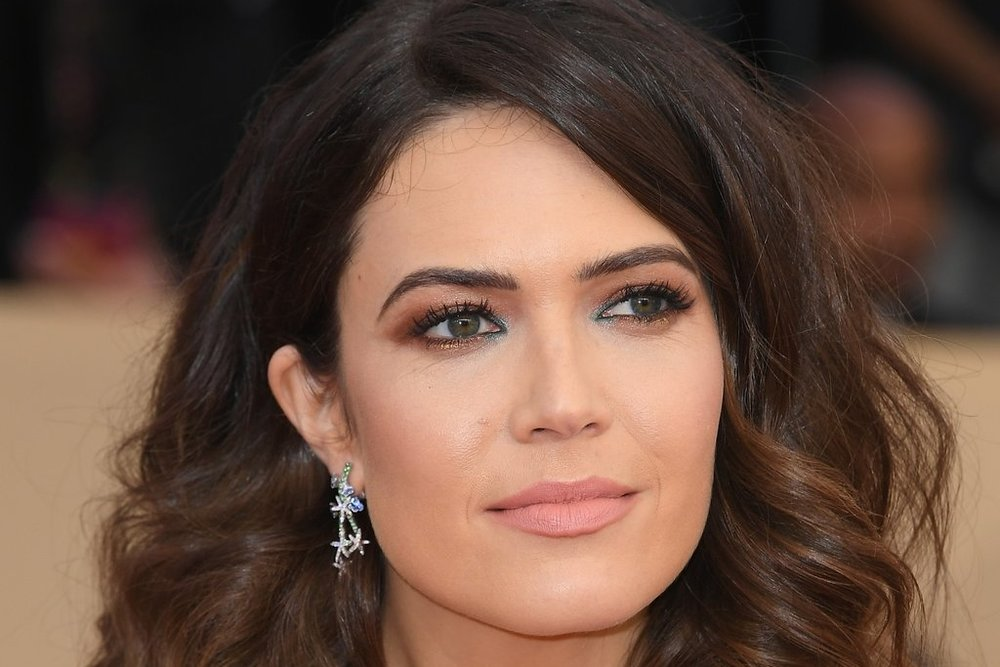 Mandy-Moore-Hair-Makeup-SAG-Awards-2018.jpg