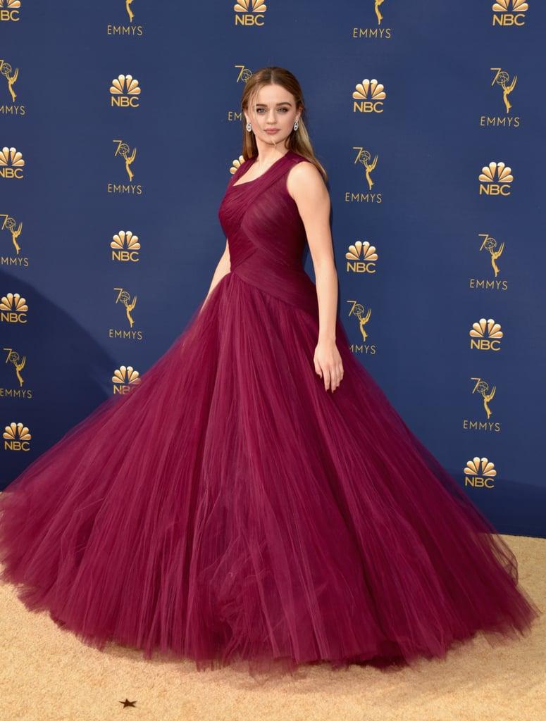 Joey-King-Emmys-Red-Carpet.jpg