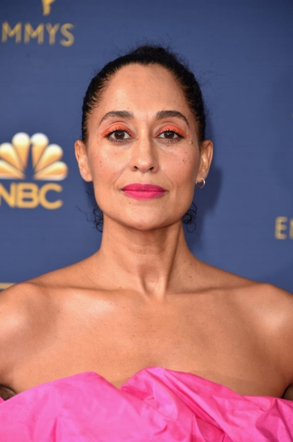 Tracee-Ellis-Ross-Makeup-2018-Emmys.jpg