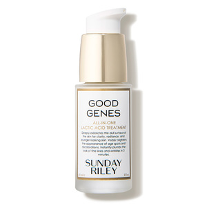 Good Genes - by Sunday Riley is the alternative you've been waiting for to exfoliating your face with fruit pits. This lactic acid formula will eliminate older skin to gently exfoliate overnight.Licorice, lemongrass, and aloe helps with hyper-pigmentation, dullness, and dryness, respectively. The result is waking up with plump and dewy skin.
