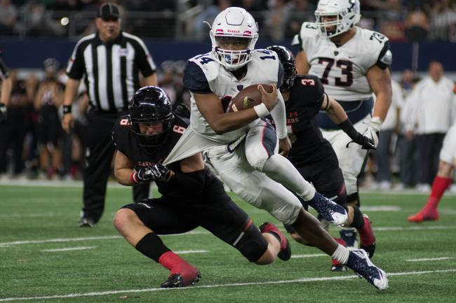 P2P Football Game PhotosLake Travis vs. Allen - By: Noah Riffe
