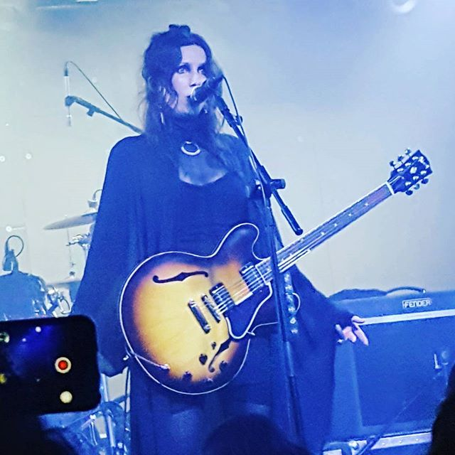 We're deep into the dark atmospheric world of the gifted Chelsea Wolfe. She's melting my hard edges and making me smile. LOVE the new album and you should listen to it. Get deep with it. Get lost with it. It's what we all need right now. - Pic from the Teragram Room show 6/2016. I wanted to use my own pic...so, yeah. @cchelseawwolfe #chelseawolfe #hissspun #doomfolk #atmosphericblackmetal #happyinthedark #theculling