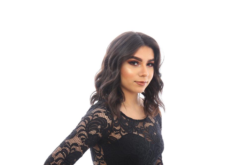 Karina Ascencio - Stylist