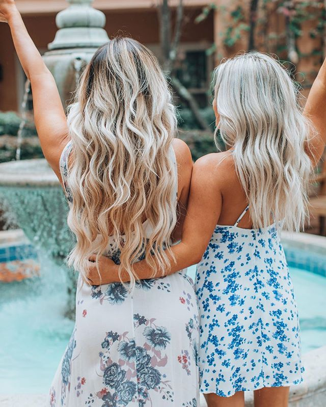 e v e r y t h i n g goals✨🦋 . . . . . . . 📸by @opasophia at @hi5studio & perfect tan 🌞 by @alexis_paintedgypsybabe  #apluxesalon #apluxegirl #luxelife #hairgoals #tangoals #dressgoals #hotelgoals #friendshipgoals #blondehair #bohyme #sonomacounty #sonomamissioninn #bohostyle #sunkissed #beachyhair #beachwaves