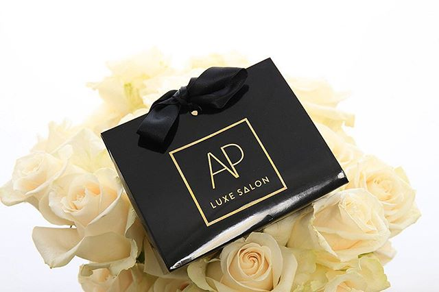 with valentines day approaching, what better way to show your love for someone than to give them the gift of amazing hair ✨ Gift cards are ALWAYS available at @apluxesalon 🌹❣️💋 #valentines #giftofgoodhair