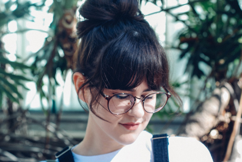 overallsglasses-3.jpg
