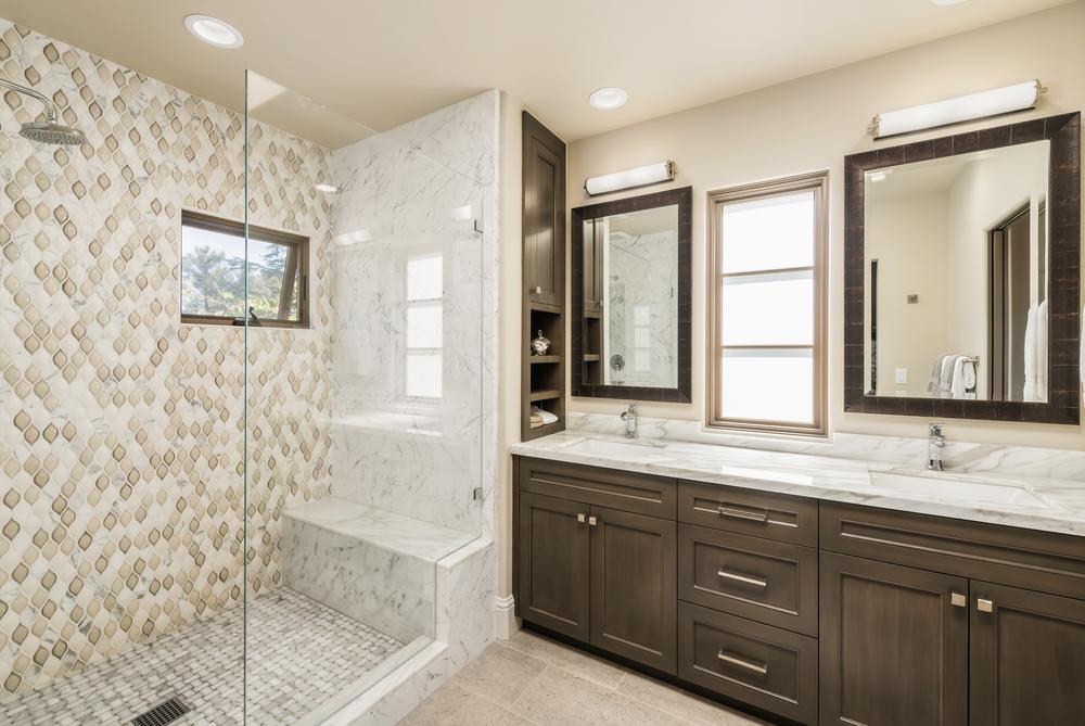 455_Fulton_Steve_Hirsch_WARM_0012 master bath.jpg
