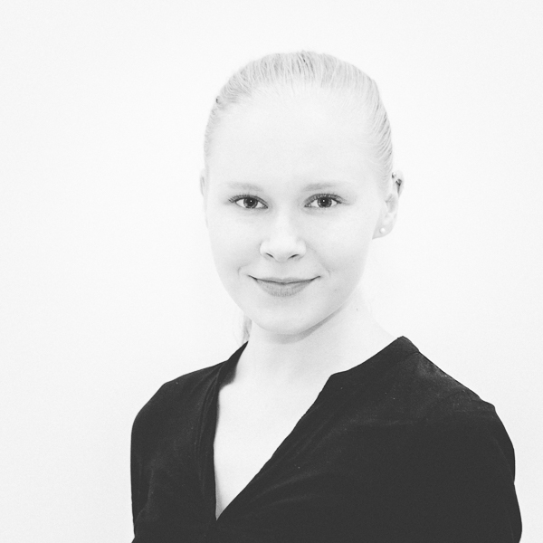 Miia-Mari Virtanen Art Director Miia-Mari Virtanen is the multitalented AD of 15/30. Her area of expertise is in photography and video, but she also makes stunning infographics and layouts.