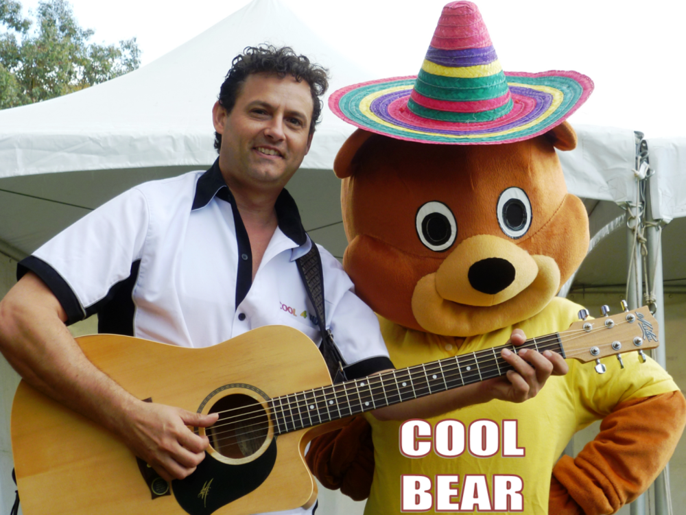 2 SHOWS each day - 30 minute amazing entertainment by Tony + coOL BEAR !!! Not to miss!